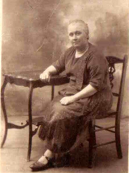 Eliza Abbott Almond, photo courtesy Dorothy Follis